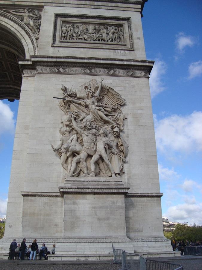 Arco do Triunfo – olha o tamanho da bagaça