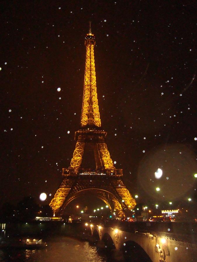Eiffel de noite