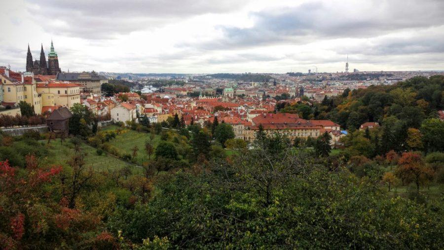 Visão de Praga lá no Parque Petrin