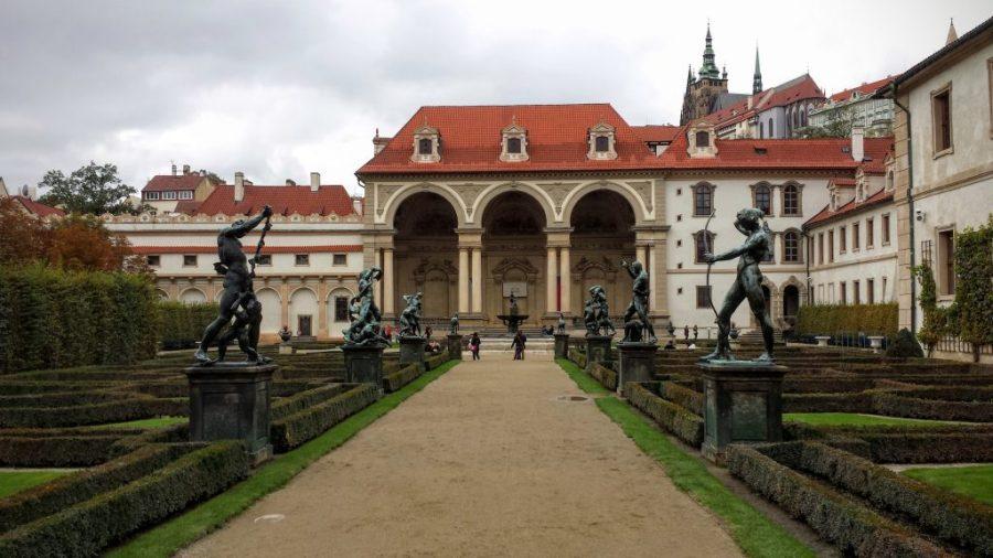 """Parte """"bonitinha"""" do Senado - Praga"""