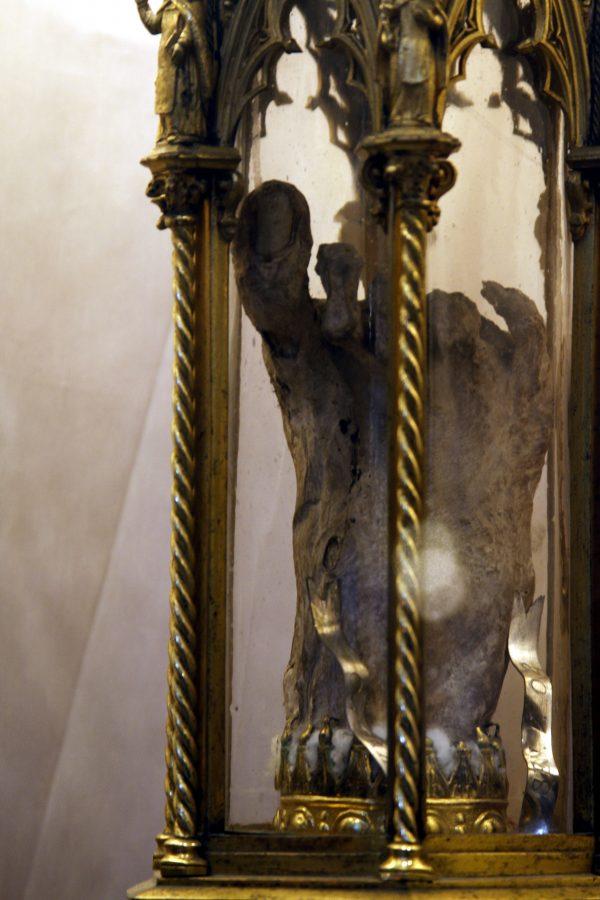 Pé de Santa Caterina na Basílica de Santi Giovanni e Paolo em Veneza