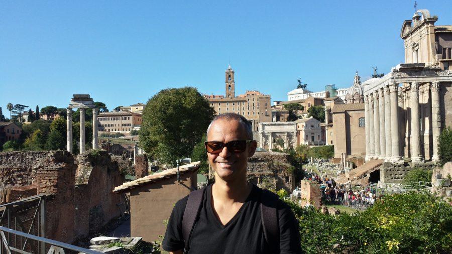 Jorge Cruney na velha Roma