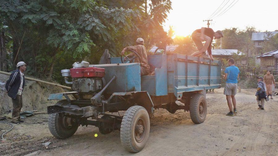 Caminhão Myanmar