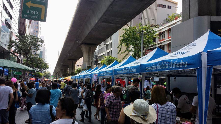 Feira de domingo em Silom
